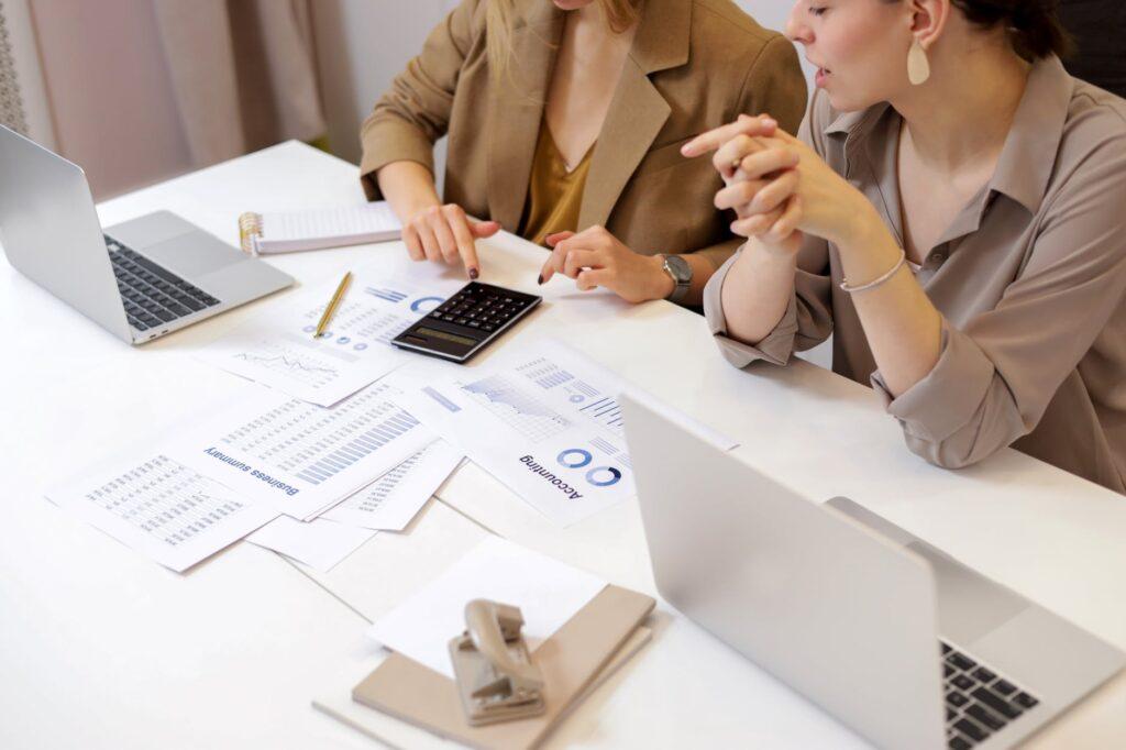 Chức năng nhiệm vụ của kế toán tổng hợp là gì?